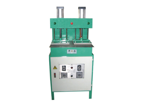 XU-809 - lining hot press (double cylinder)